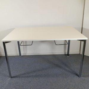 Mødebord med 6 stole